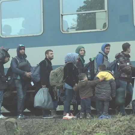 JESTEŚMY SOLIDARNI Z UCHODŹCAMI! Zbiórka pieniędzy dla uchodźców